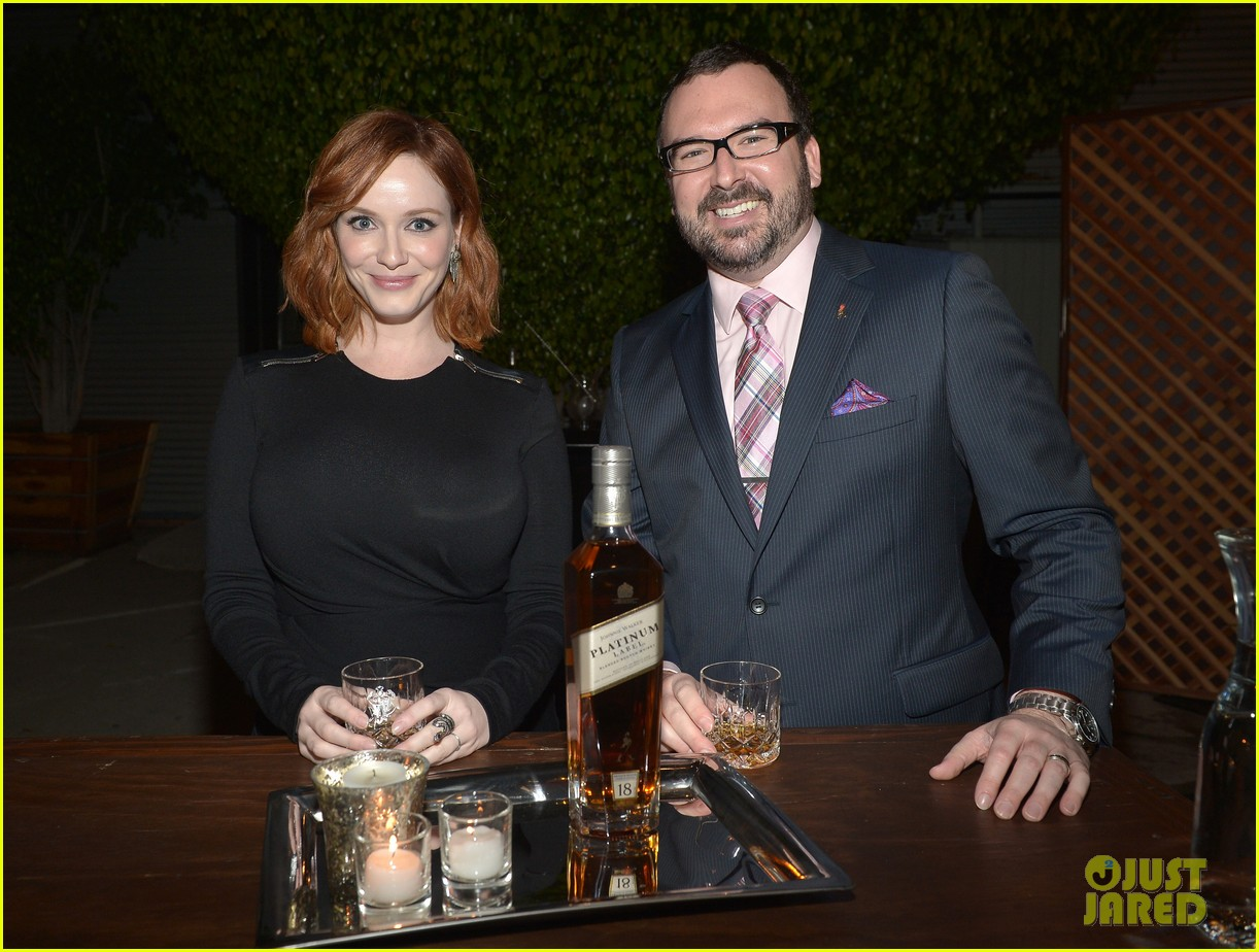 christina hendricks toasts johnny walker platinum 02