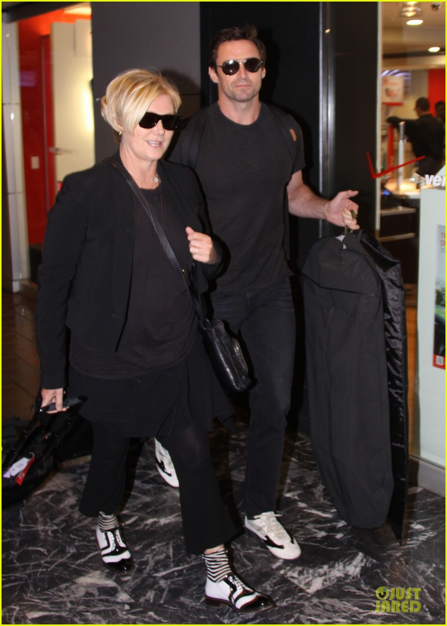 hugh jackman deborra lee furness is honored for adoption 03