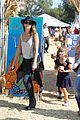 jessica alba cash warren pumpkin patch fun with honor haven 36