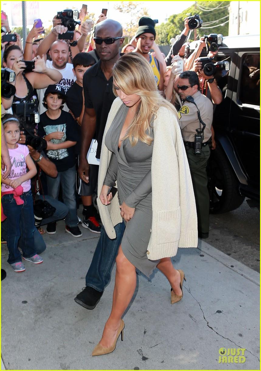 kim kardashian kylie jenner dash store visit 072970274