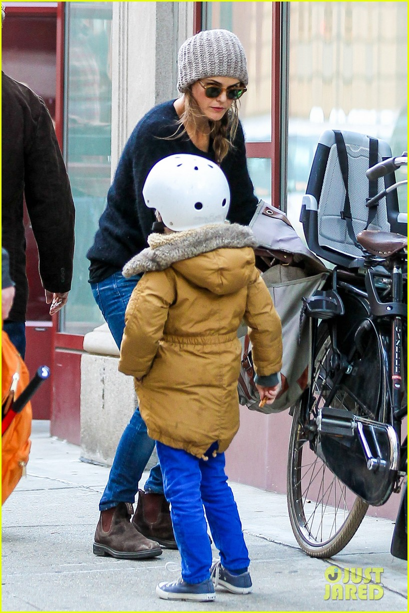 keri russel laughs with river after bike ride 10