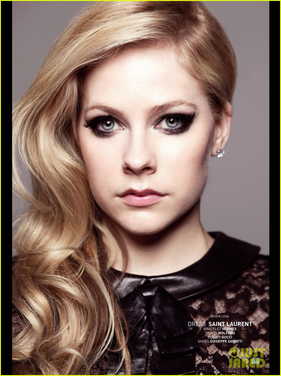 avril lavigne covers bello magazine october 2013 03