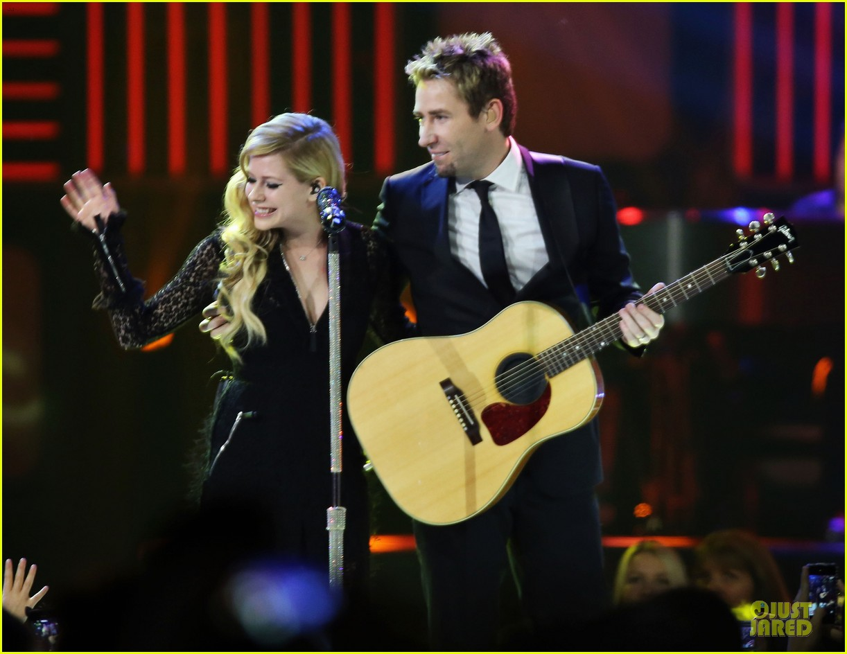 avril lavigne chad kroeger we day couple in vancouver 24