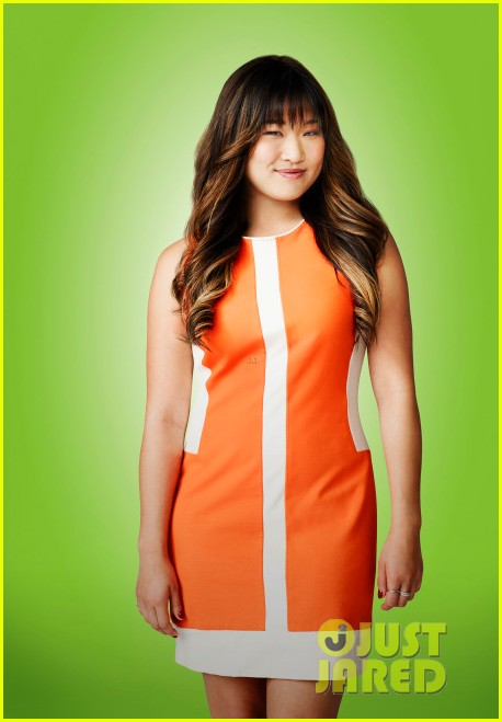 lea michele glee season five cast portraits 05