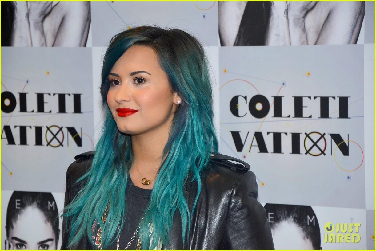 Demi Lovato Promotes Latest Album 'Demi' in Brazil