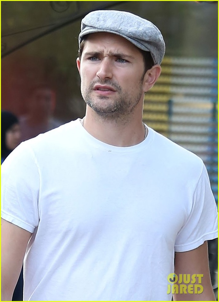 matt dallas post birthday shopping trip 03