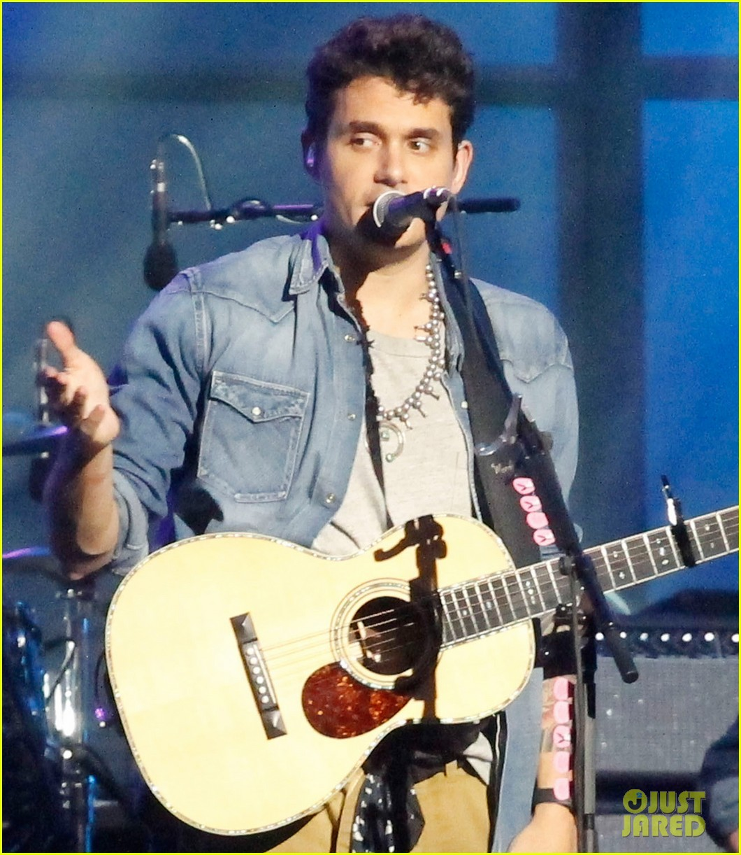 john mayer visits jimmy kimmel live for paradise valley 04