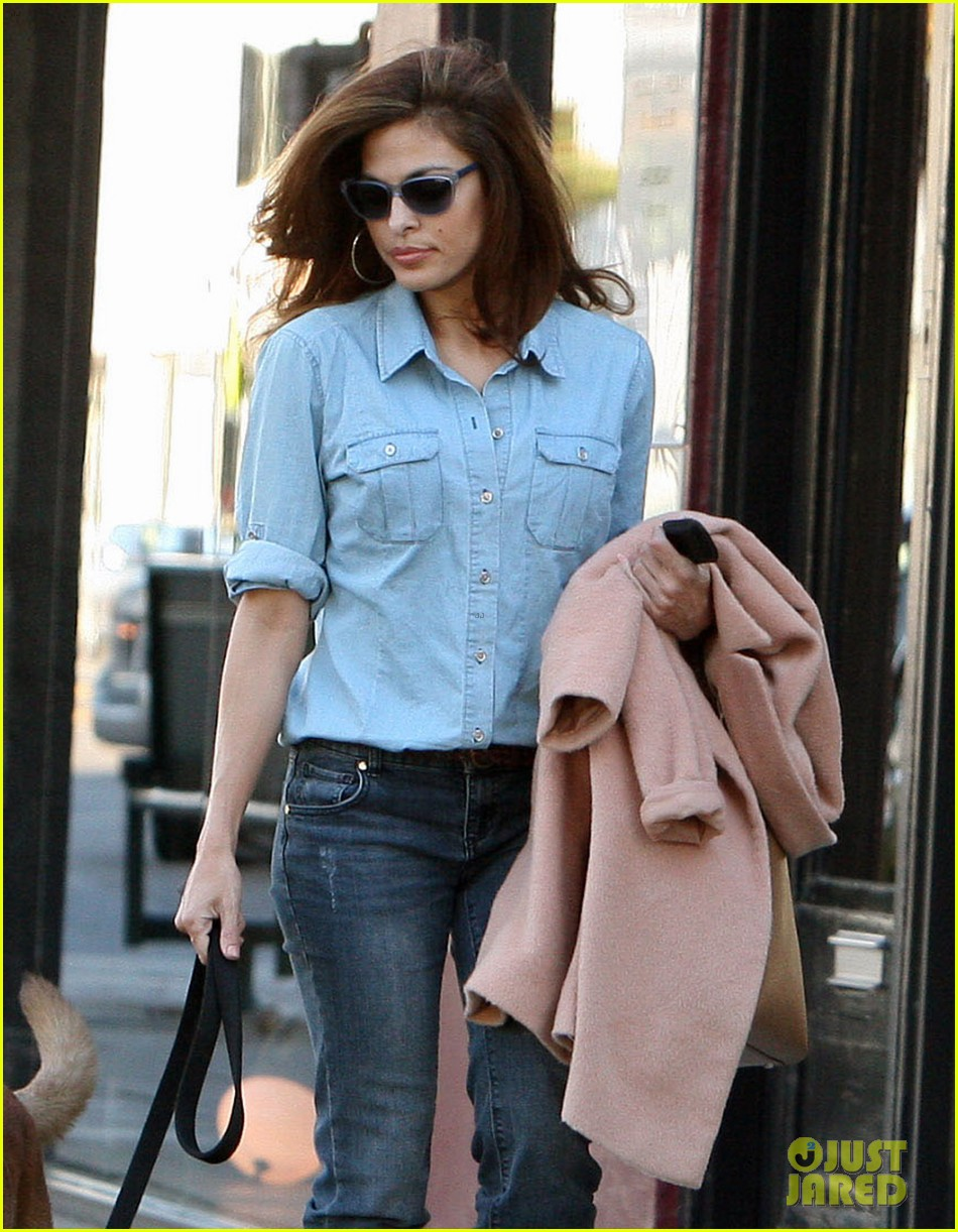 eva mendes its about fashion on the run 052973643
