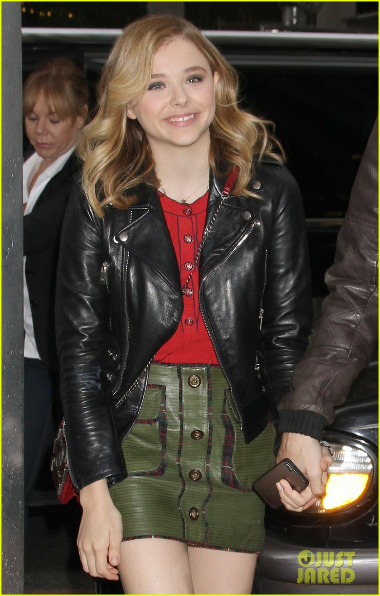 chloe moretz carrie in theaters now 062974396