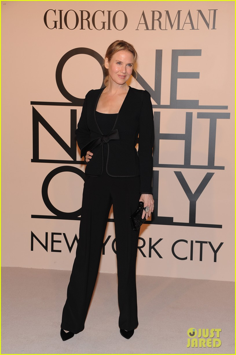 naomi watts olivia munn georgio armani one night only nyc 102978686
