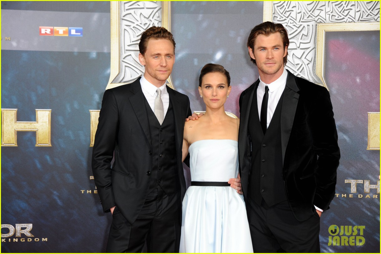 natalie portman chris hemsworth thor berlin premiere 212981295