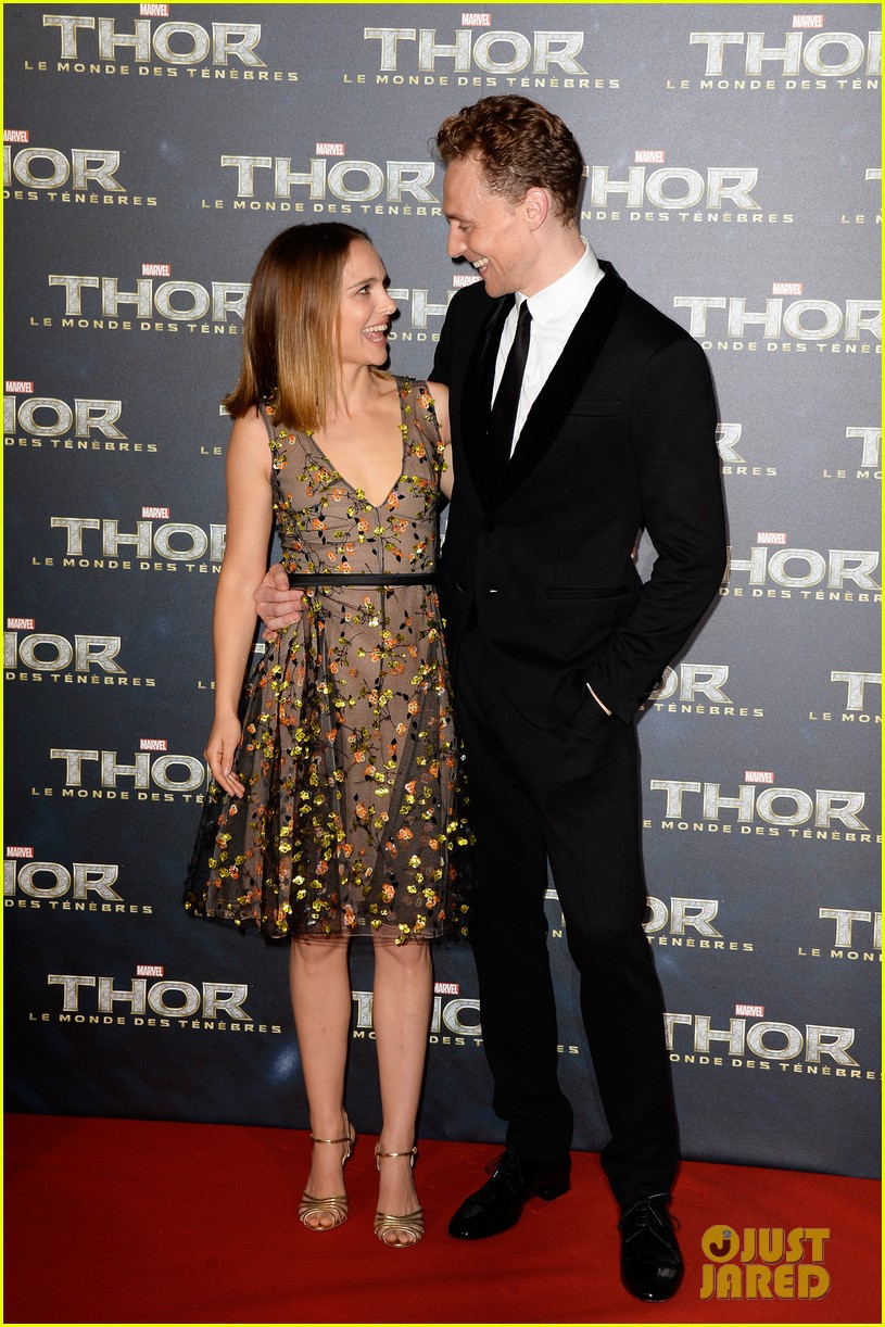 natalie portman tom hiddleston thor paris premiere 12