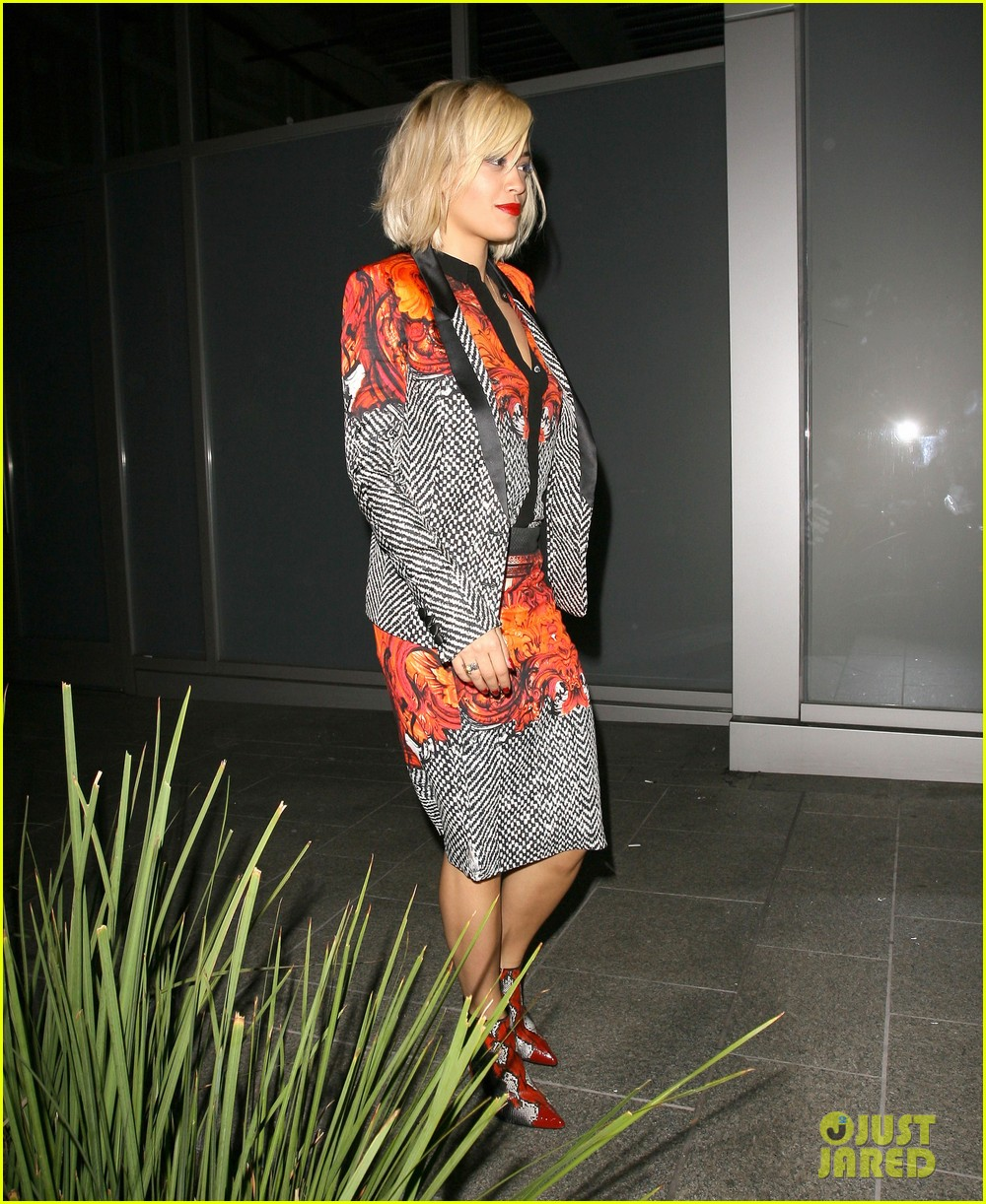 rita ora calvin harris hakkasan dinner date in beverly hills 01
