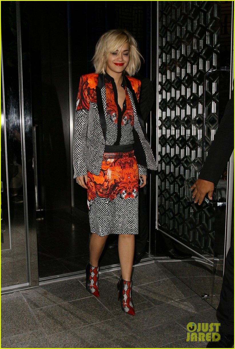 rita ora calvin harris hakkasan dinner date in beverly hills 05
