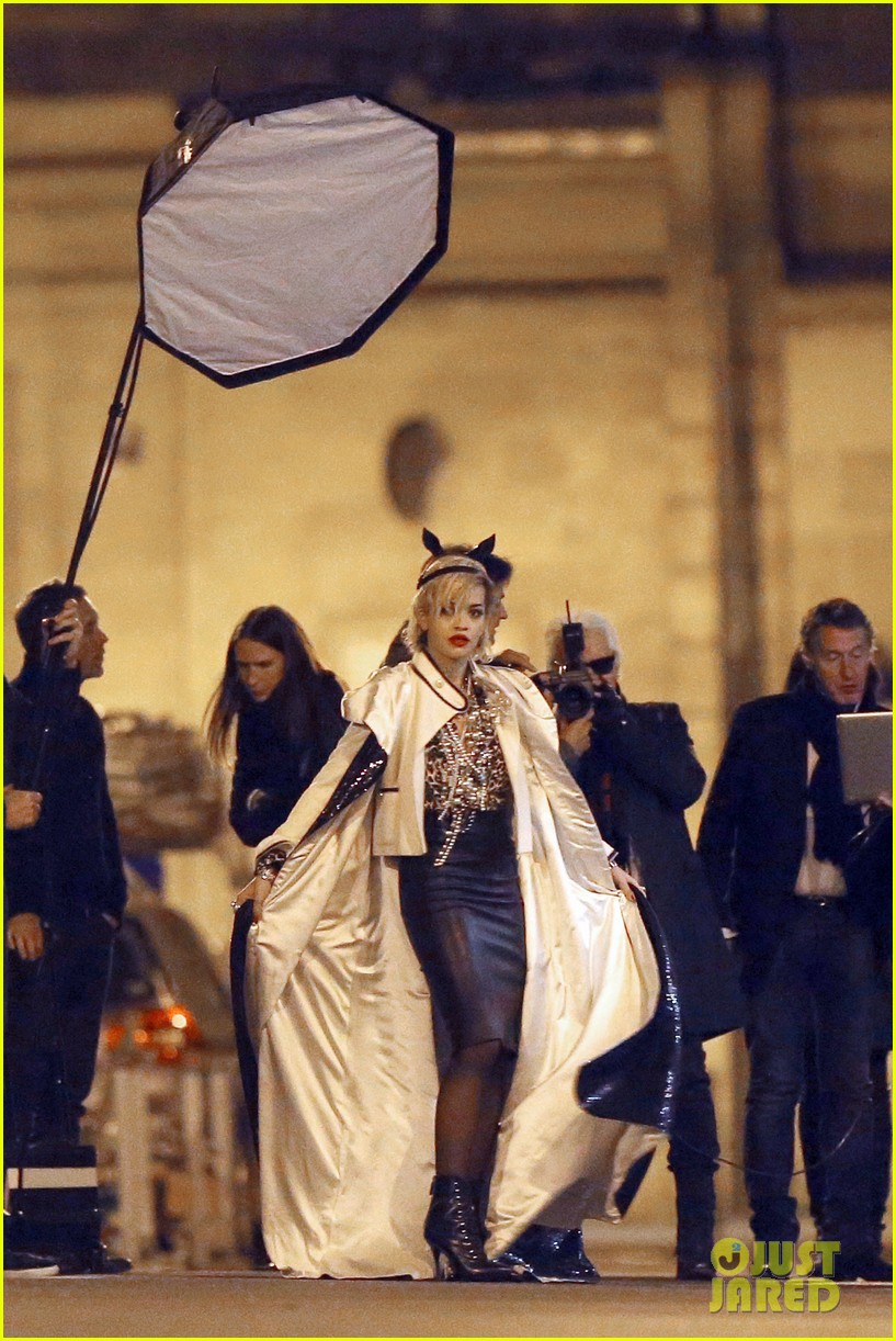 rita ora midnight photo shoot with karl lagerfeld 01