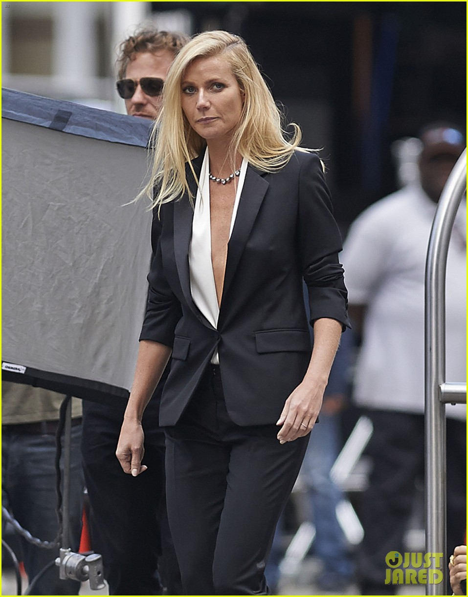 gwyneth paltrow joins instagram gets to work for hugo boss 08