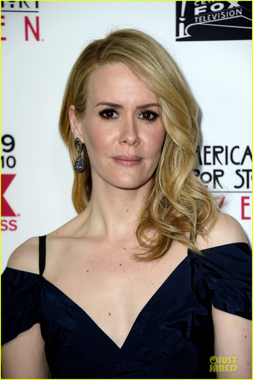 sarah paulson jessica lange american horror story coven premiere 12