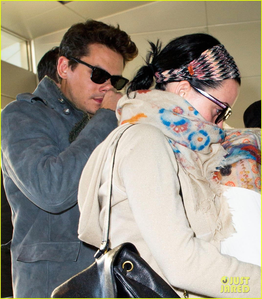 katy perry john mayer catch flight out of new york city 04