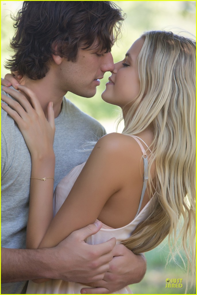 alex pettyfer gabriella wilde steam up endless love trailer 052973922