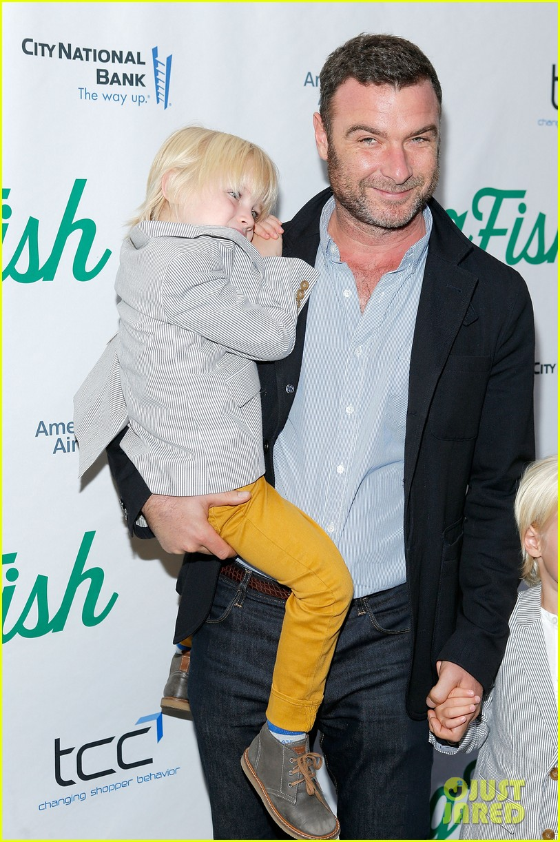 zachary quinto liev schreiber big fish opening night 092967533