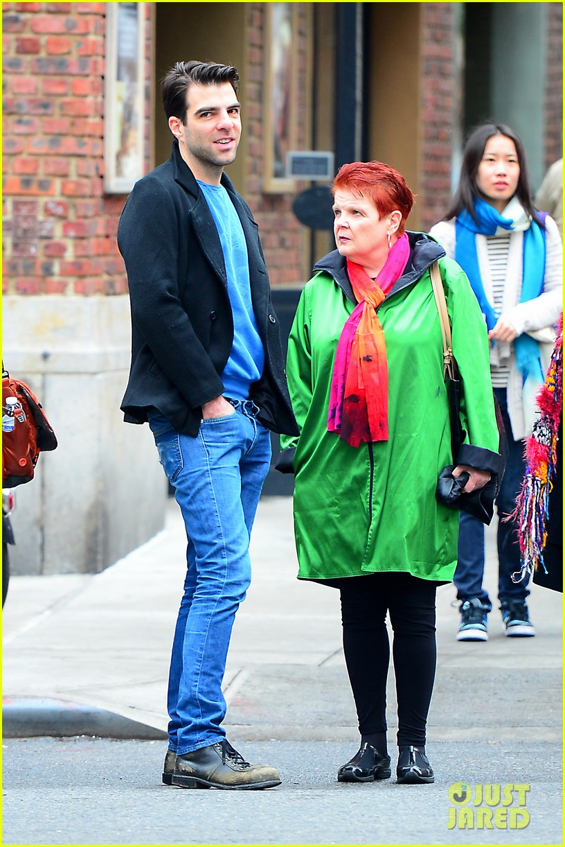zachary quinto go see big fish on broadway 02