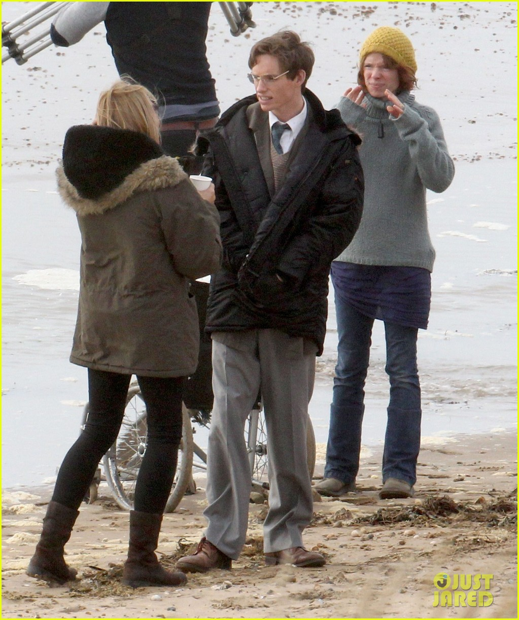 eddie redmayne gets piggy back ride on set 122975423