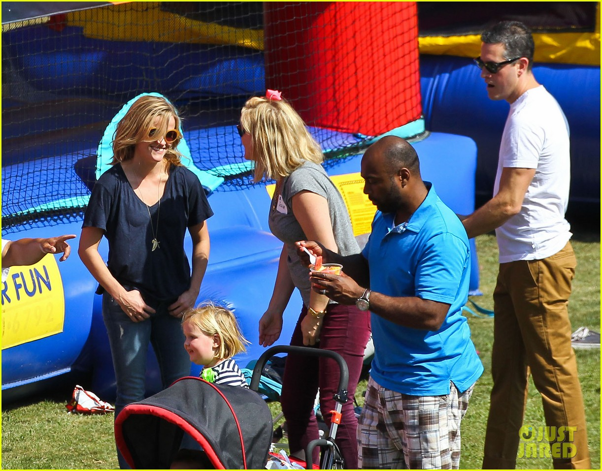 reese witherspoon jim toth brentwood corn festival 322976137