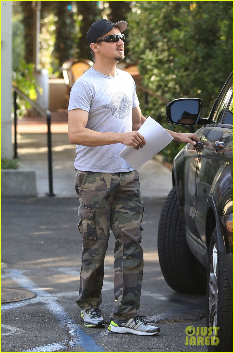 jeremy renner goes camouflage in west hollywood 15