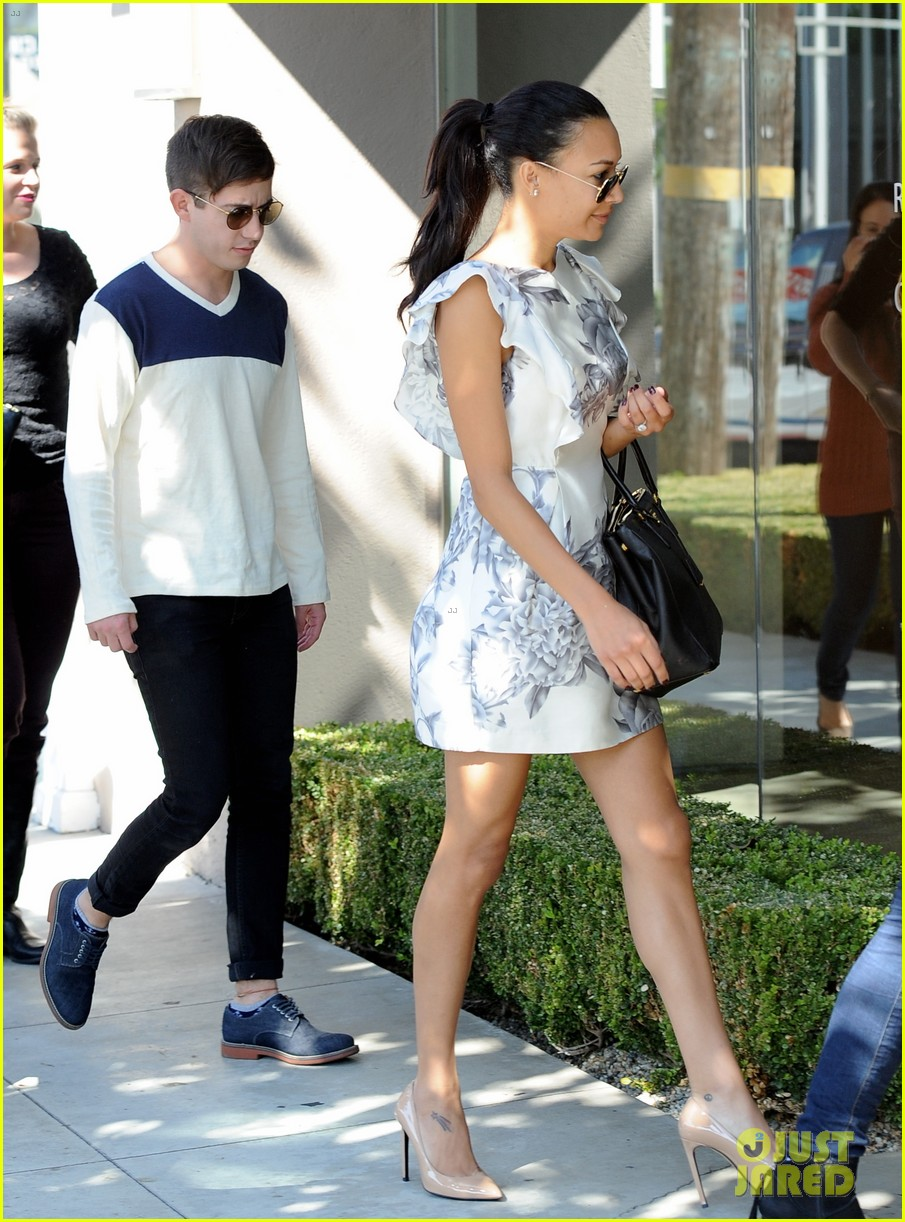 naya rivera goes wedding dress shopping with kevin mchale 052970787