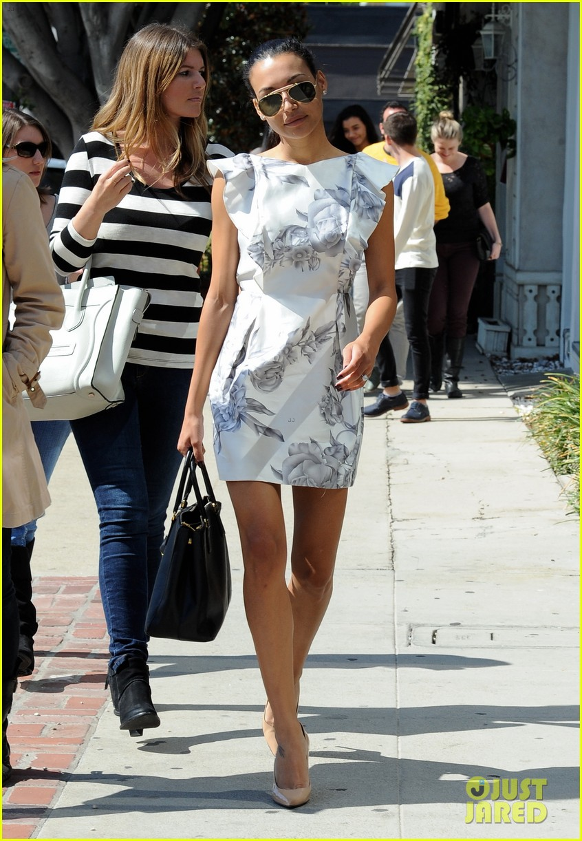 naya rivera goes wedding dress shopping with kevin mchale 21