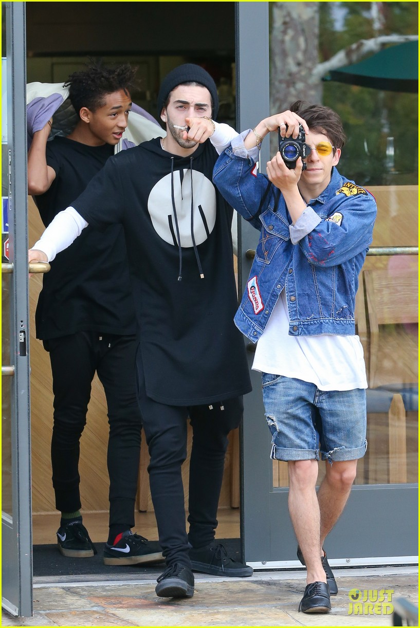 willow jaden smith sugarfish with kylie kendall jenner 182972040