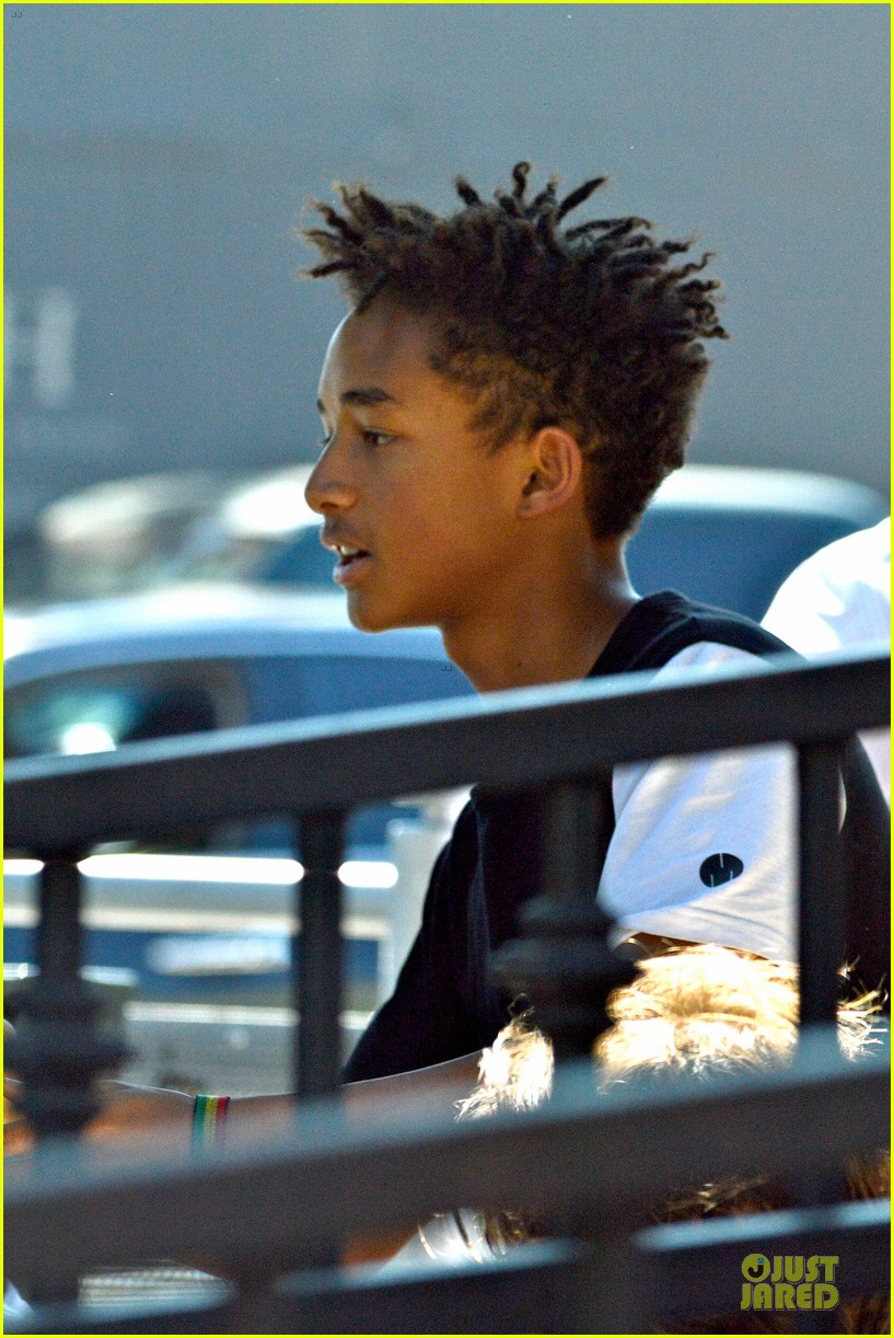 willow jaden smith sugarfish with kylie kendall jenner 33