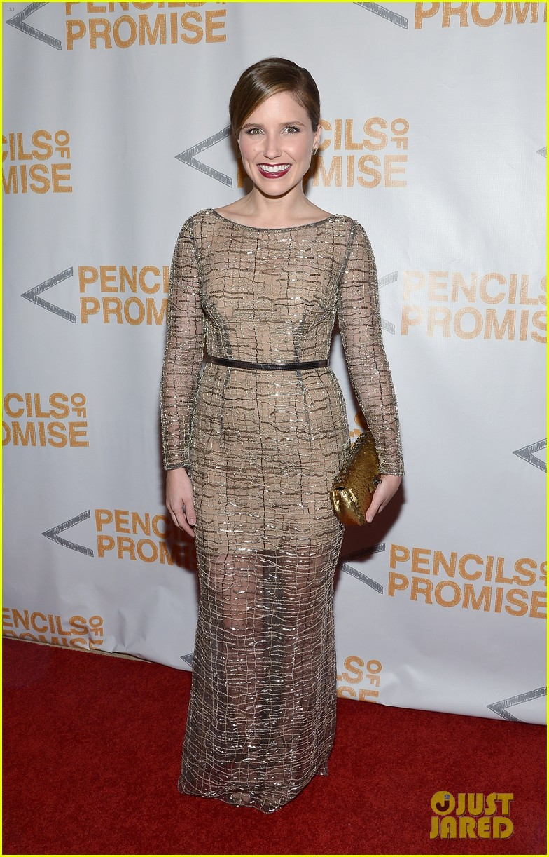 sophia bush serinda swan pencils of promise gala 2013 06
