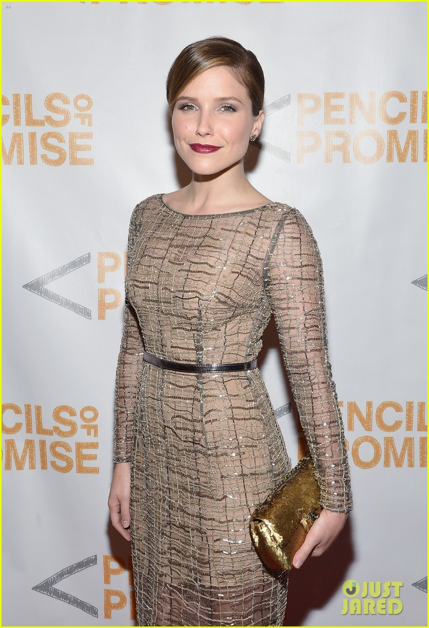 sophia bush serinda swan pencils of promise gala 2013 11