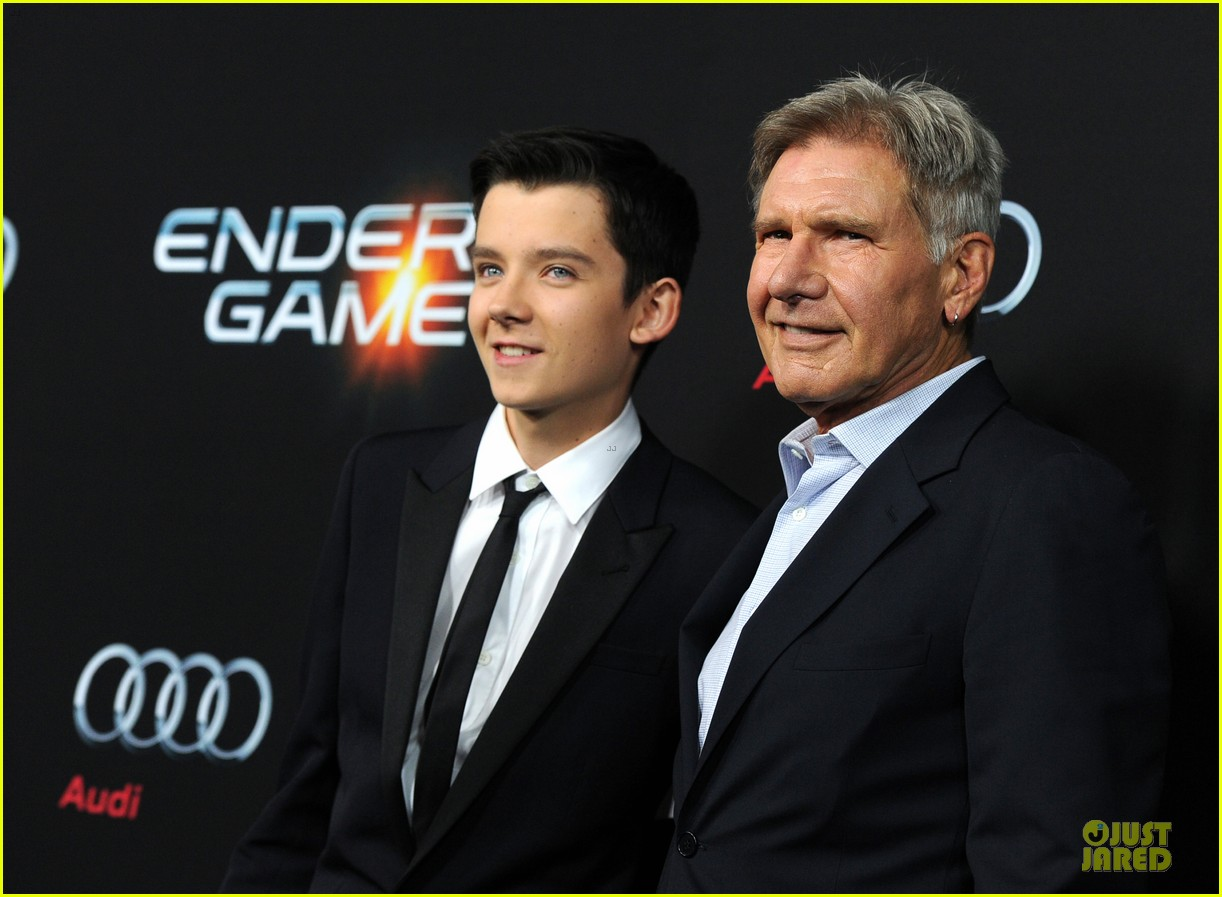 hailee steinfeld asa butterfield enders game premiere 222982073