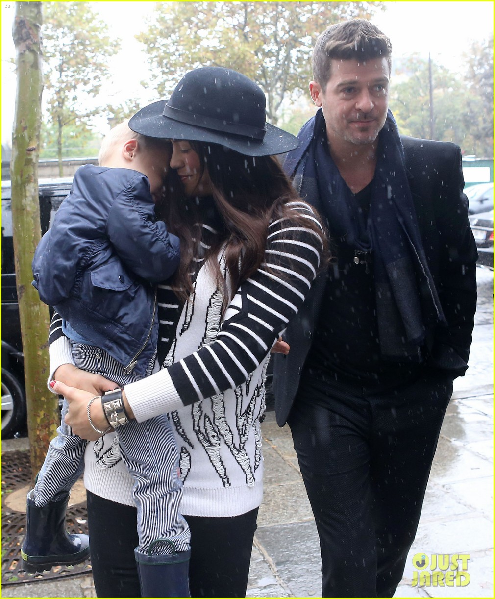 robin thicke paula patton starring together in mercy 102973637