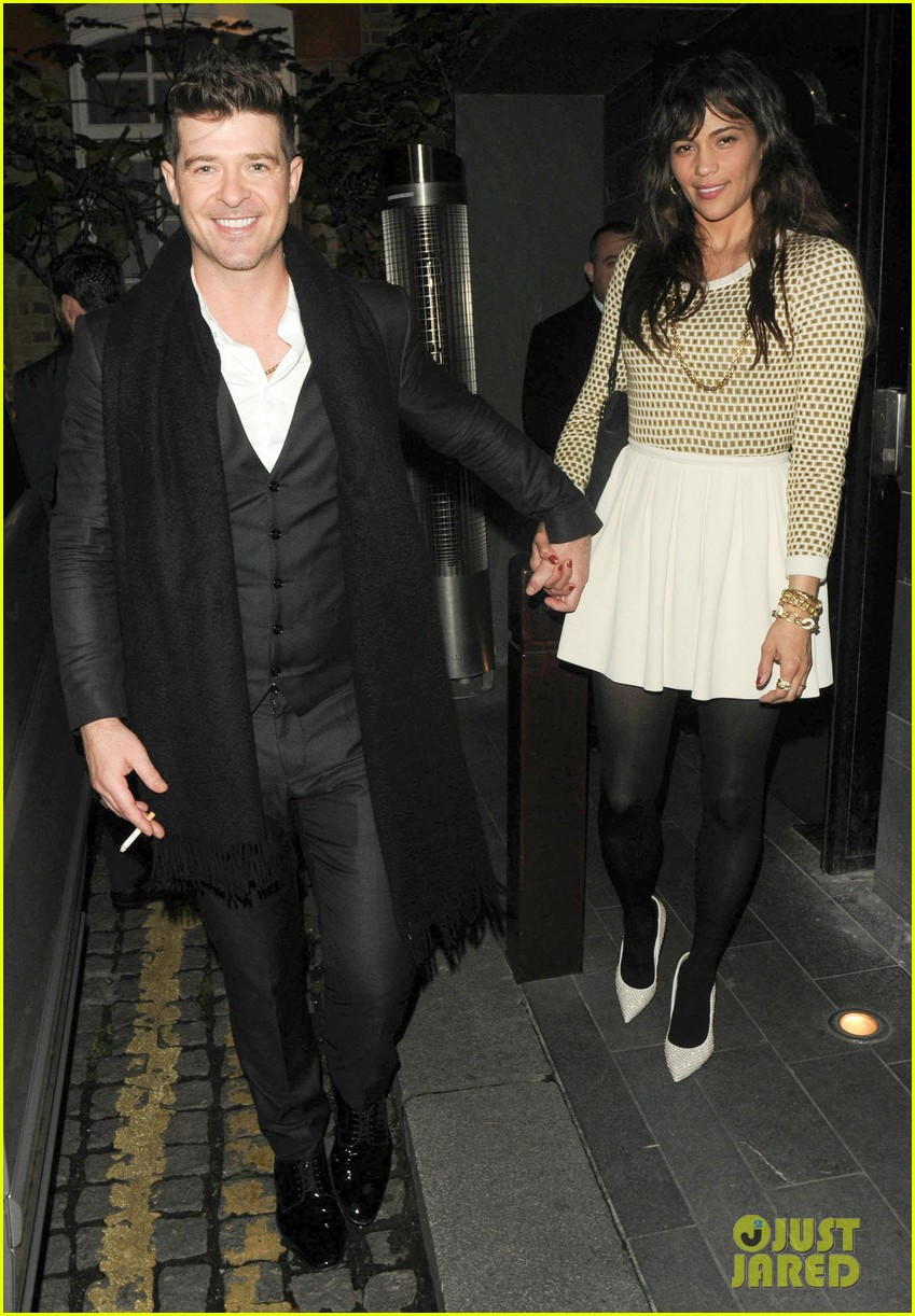 robin thicke london night out with paula patton 05