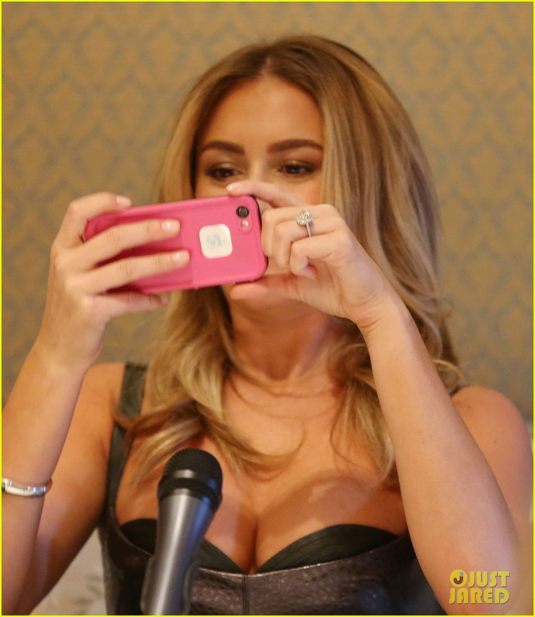 alexa vega machete kills press conference 08