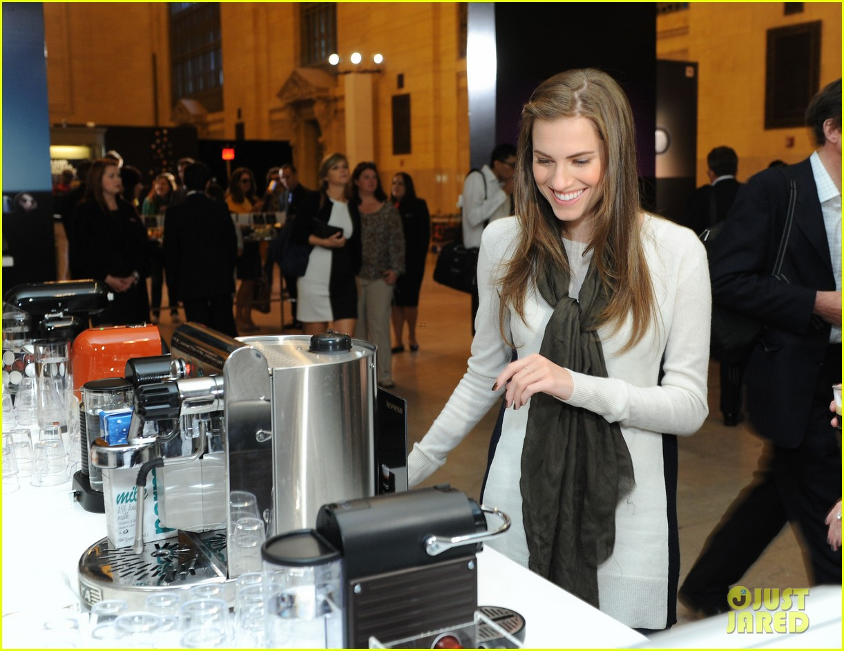allison williams tries out nespresso in grand central terminal 02