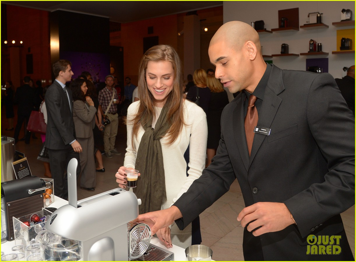 allison williams tries out nespresso in grand central terminal 032965740