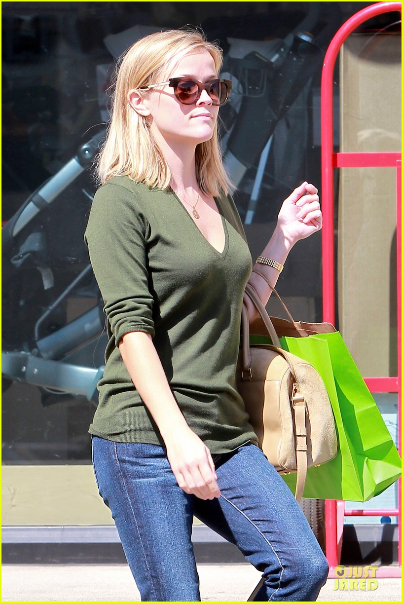 reese witherspoon its all beginning on wild 022966244