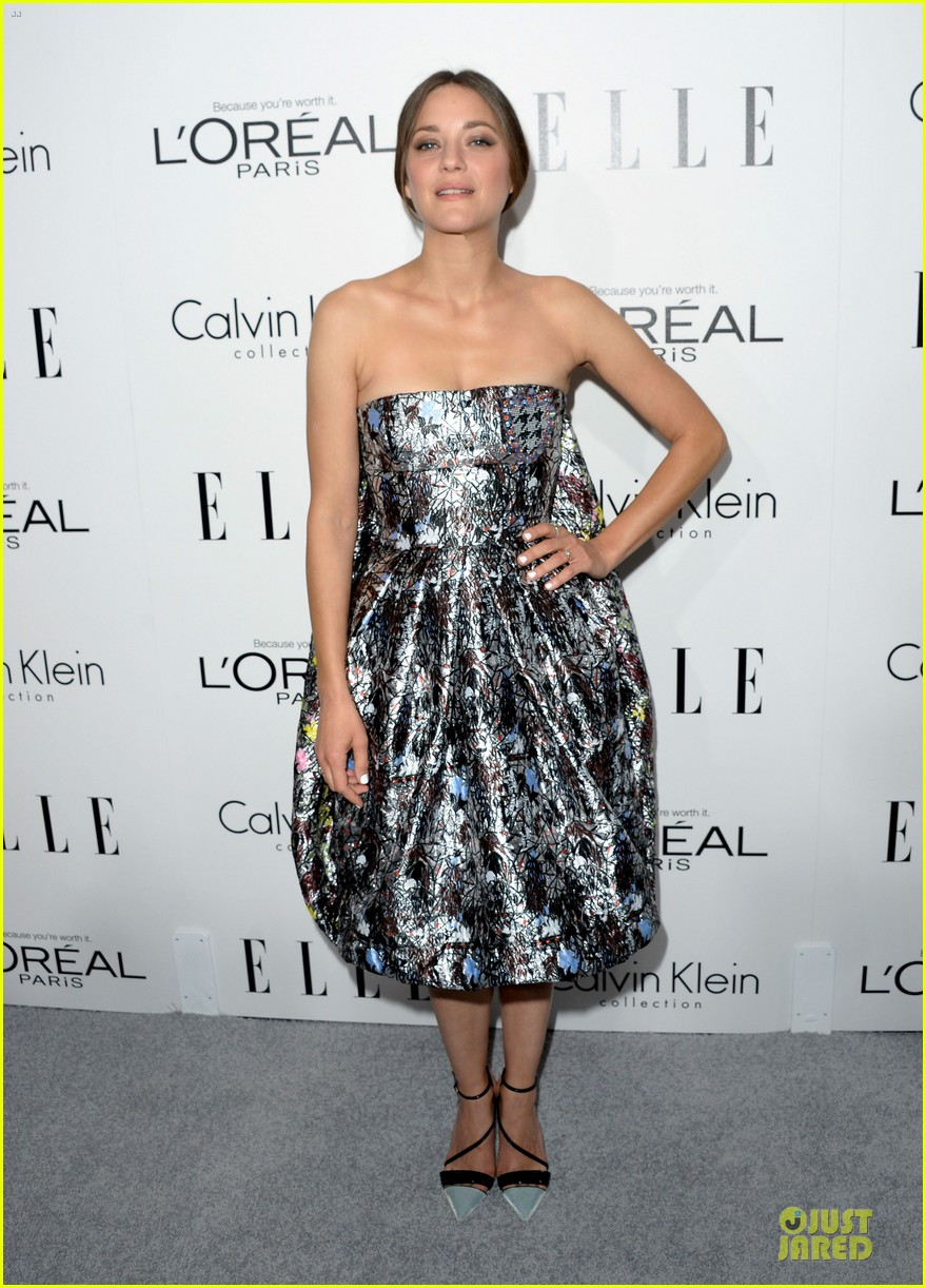 reese witherspoon marion cotillard elle women in hollywood celebration 11