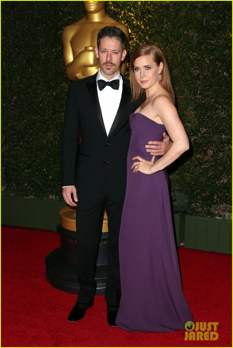 amy adams governors awards 2013 with darren le gallo 01