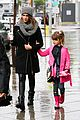 jessica alba cash warren wet family stroll after thanksgiving 06
