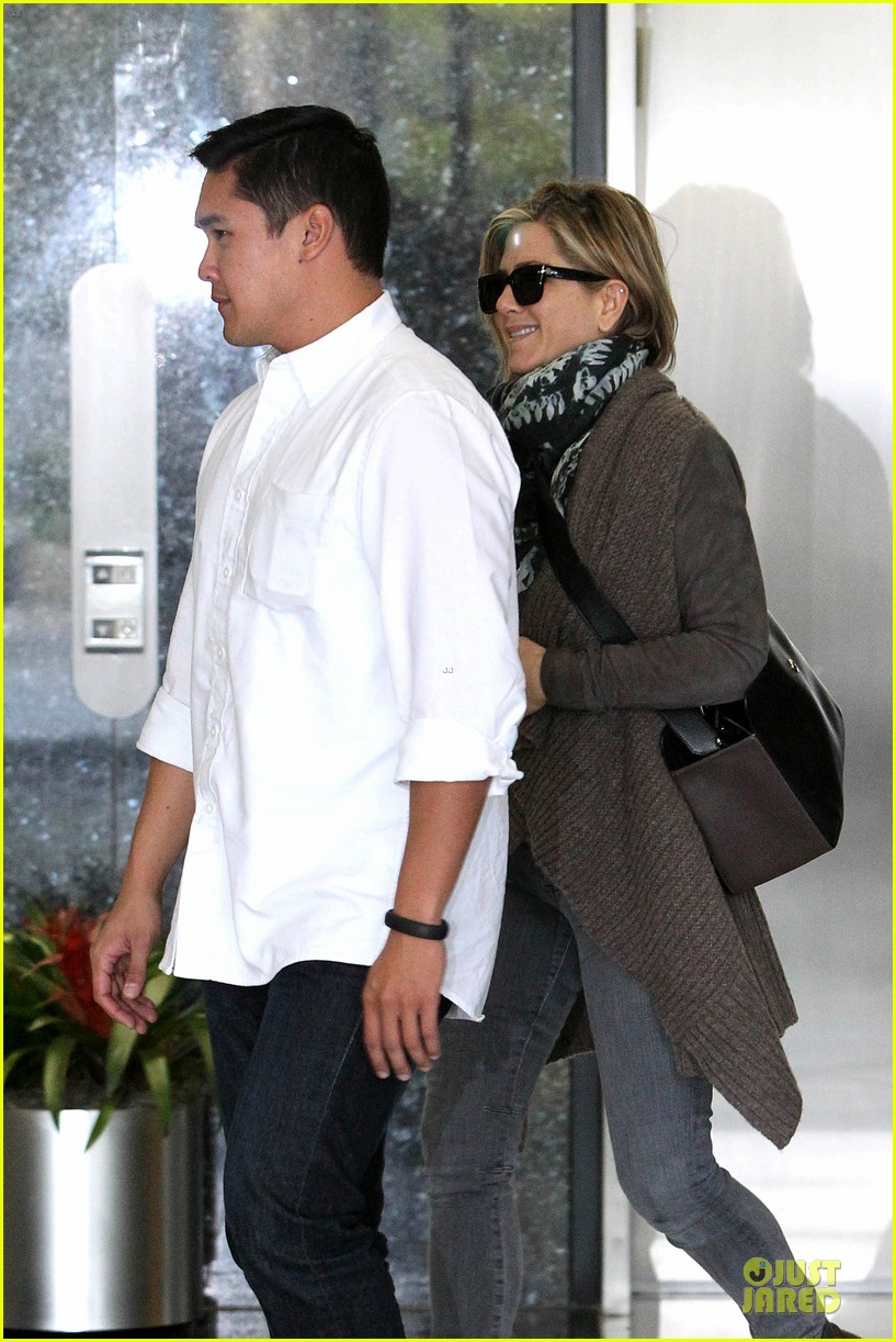 jennifer aniston rocks short hair for skin care clinic 212993626
