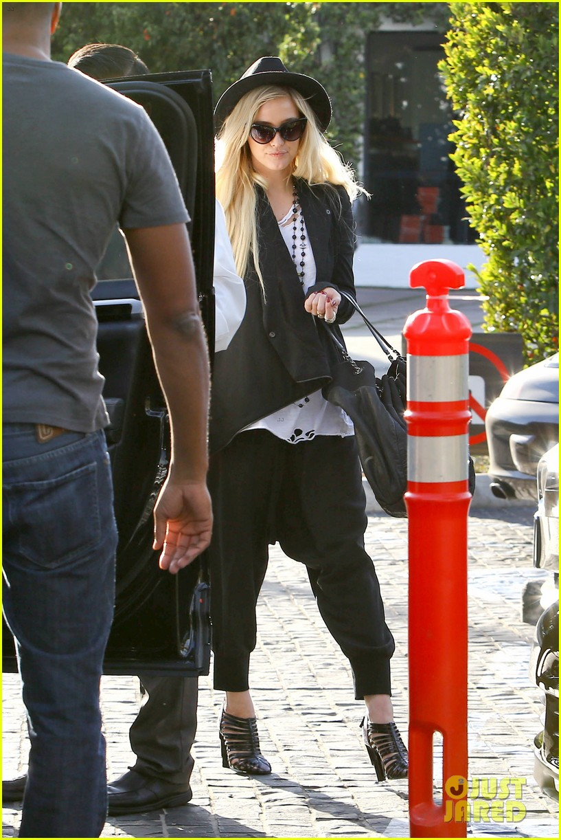 ashlee simpson evan ross hollywood date night 072987961