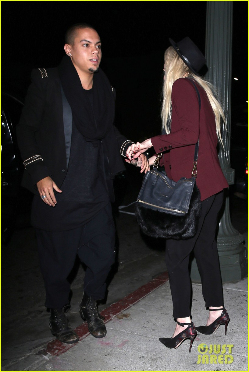 ashlee simpson evan ross hollywood date night 19