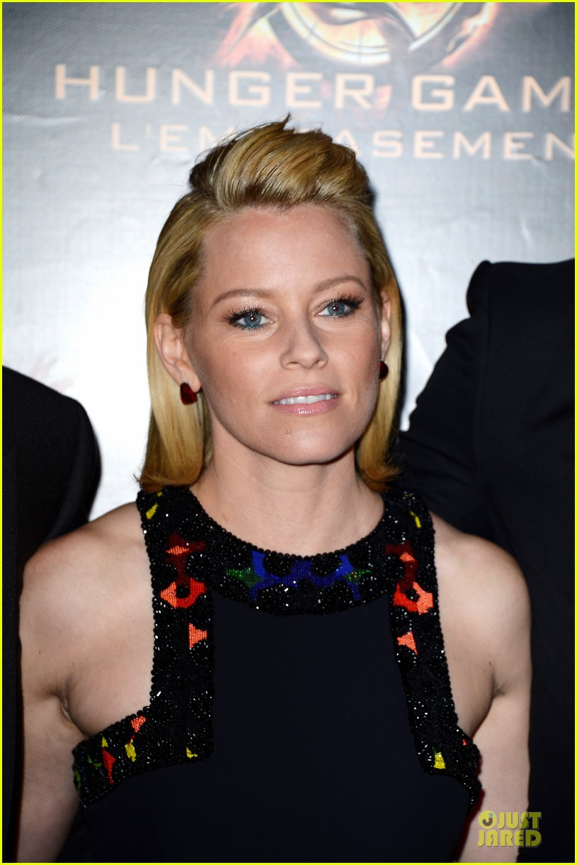 elizabeth banks really important catching fire questions exclusive 062993543