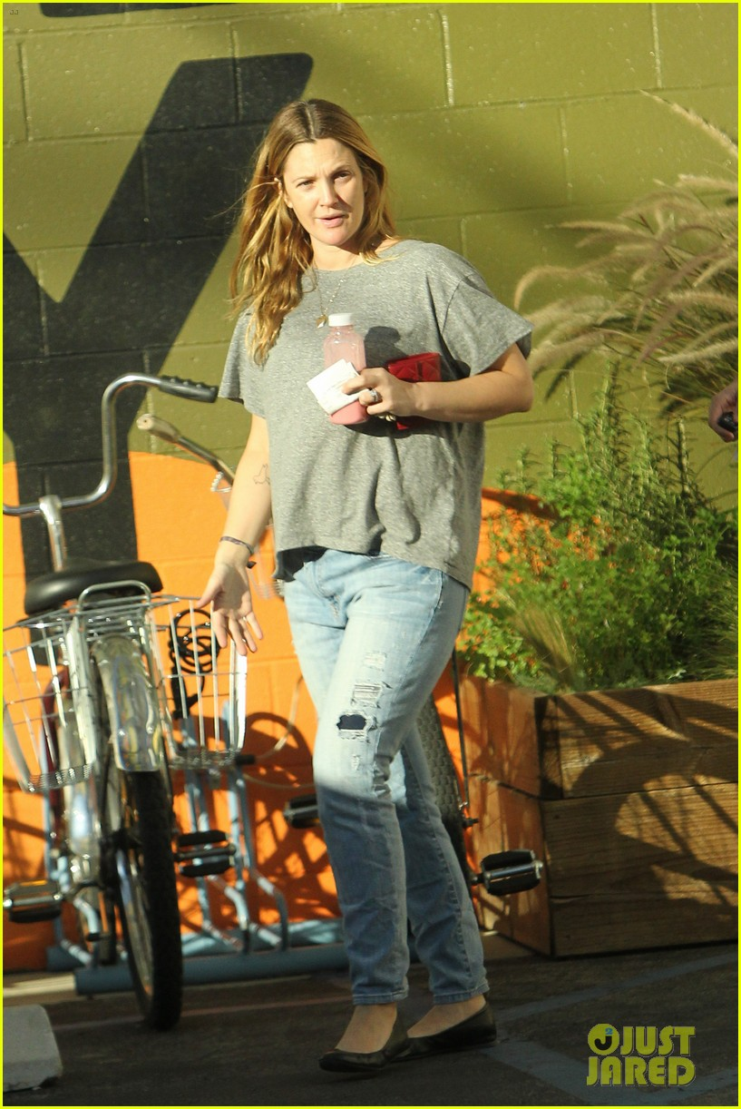 drew barrymore thanksgiving grocery shopping 04