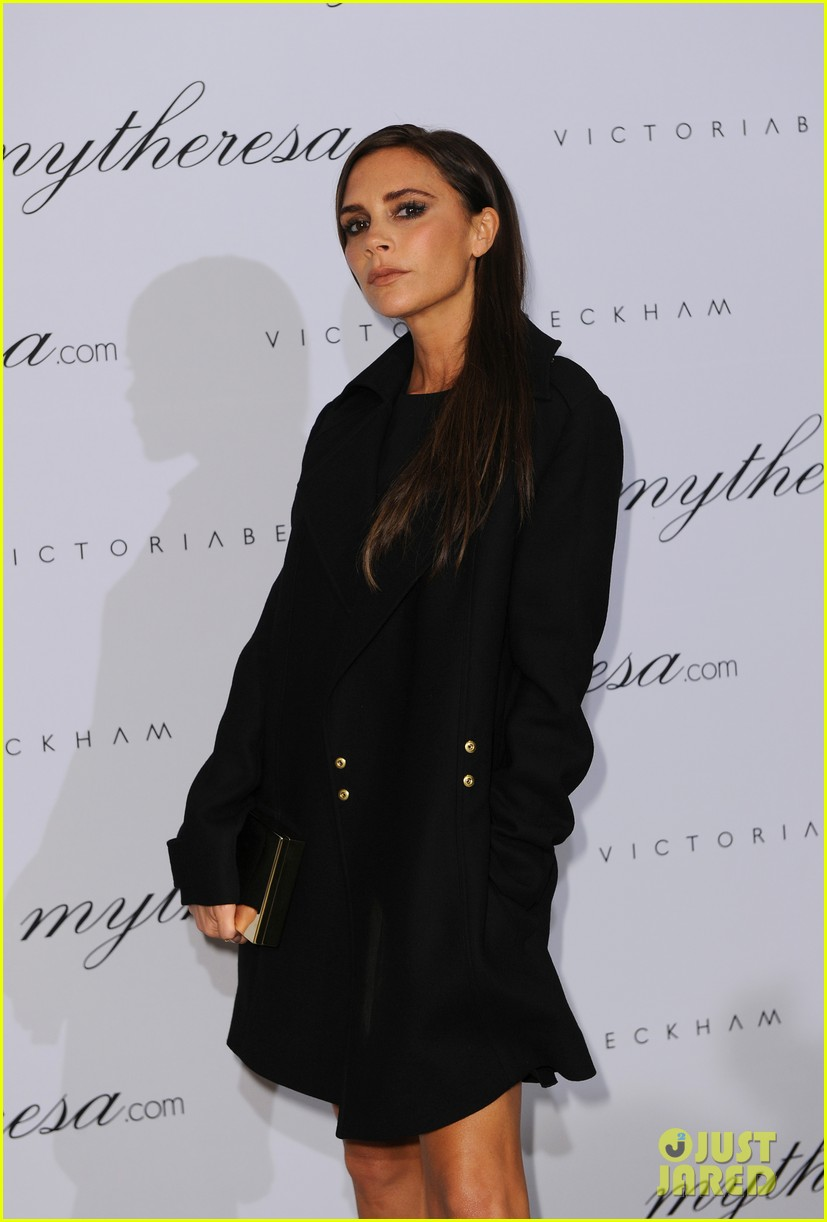 victoria beckham presents spring summer collection 03